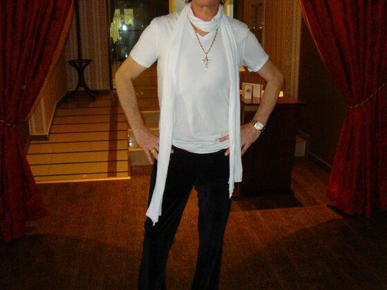 Glenn Hughes May 2009