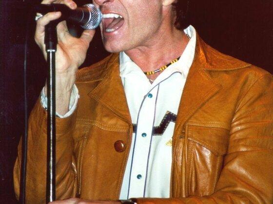 Live at NAMM 2001