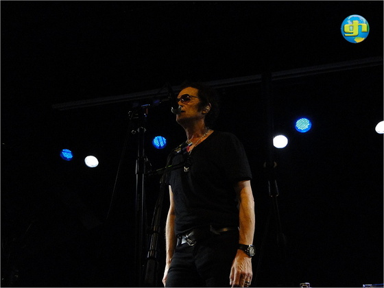2011-11-14 Acoustic Show London - The end