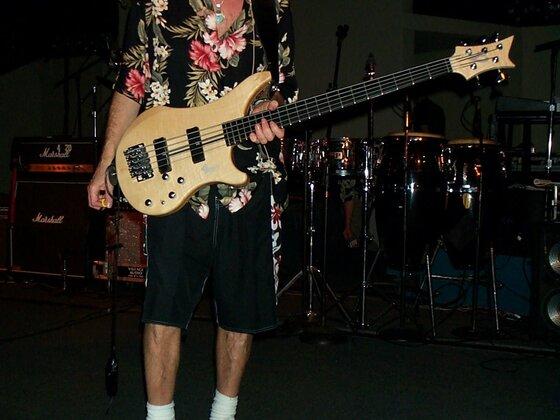 Live in Hawaii 2002