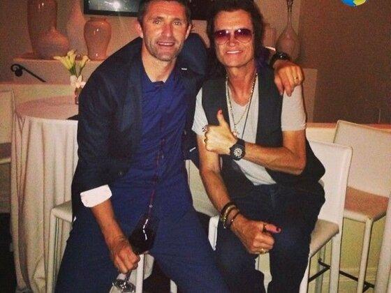 Glenn with Robbie Keane